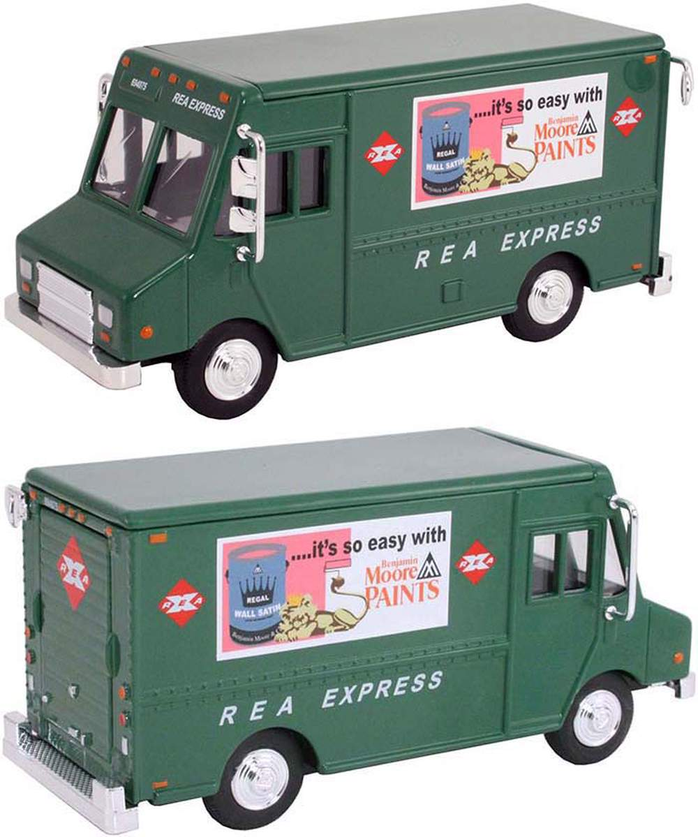 """1:48 Delivery Step Van """"REA Express"""" (Green)"""