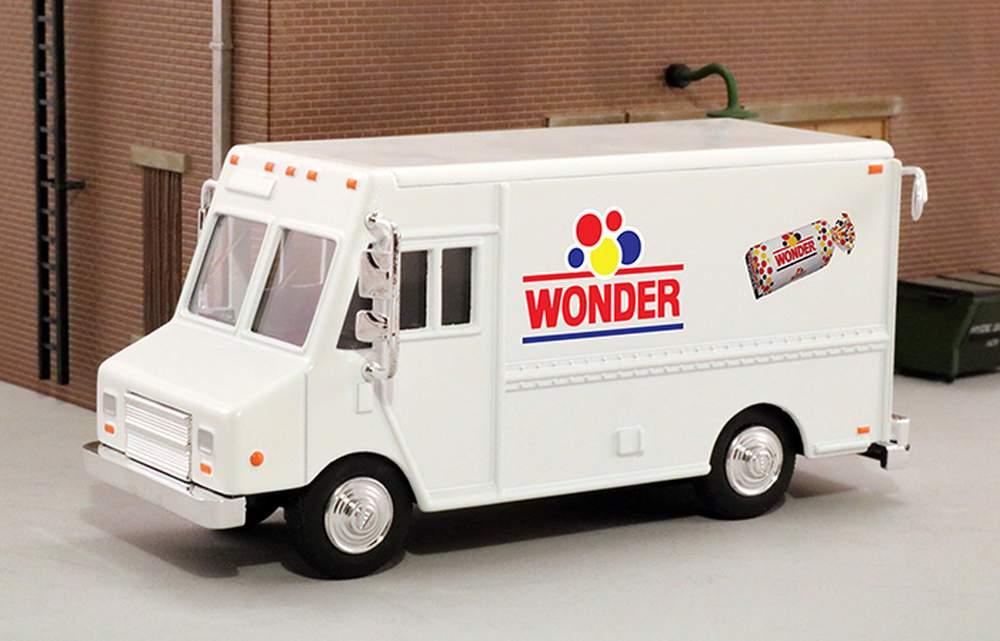 """1:48 Delivery Step Van """"Wonder Bread"""""""