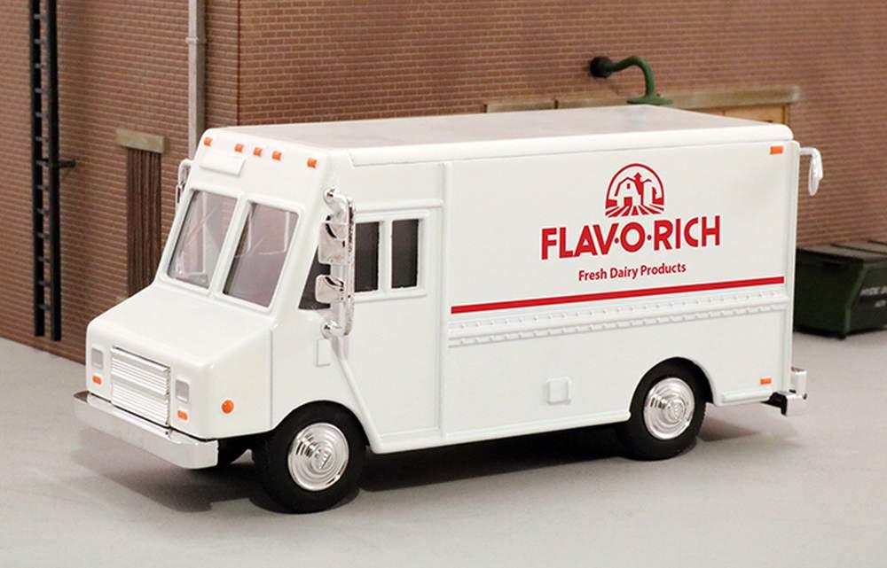"1:48 Delivery Step Van ""Flav 'O' Rich Dairy"""