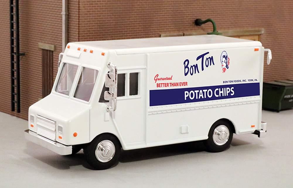 "1:48 Delivery Step Van ""Bon Ton Potato Chips"""