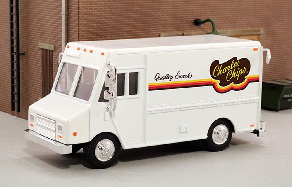 """1:48 Delivery Step Van """"Charles Chips"""" (White)"""
