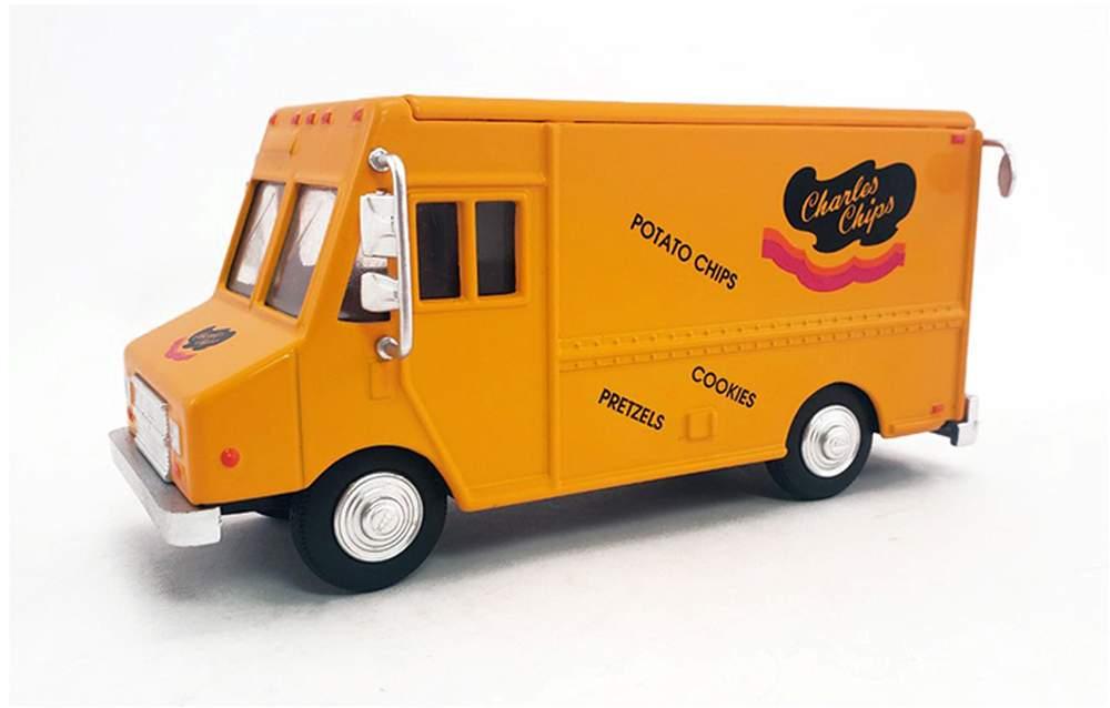 "1:48 Delivery Step Van ""Charles Chips"""