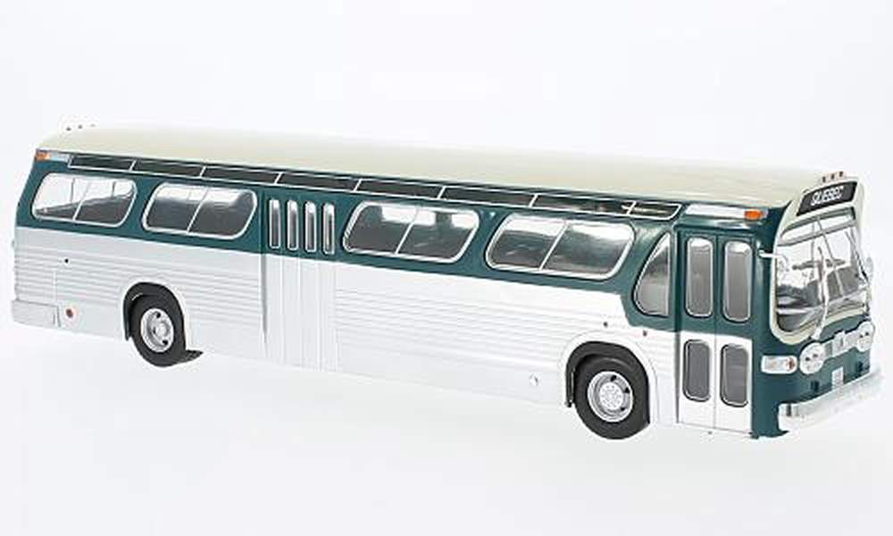 1969 GMC New Look Fishbowl Bus (Green/Beige)