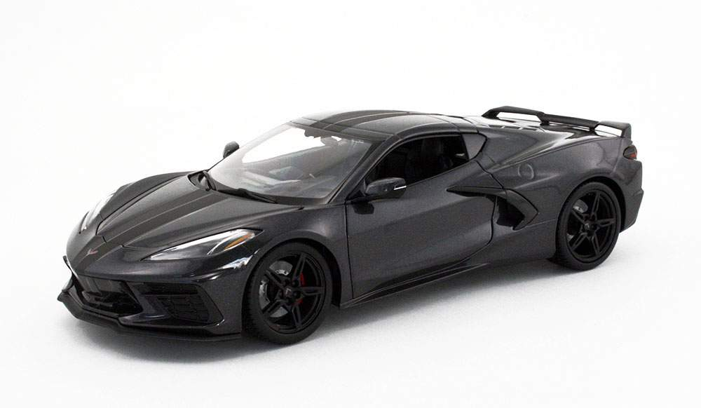 1:18 2020 Chevrolet Corvette Stingray Coupe (Gray Metallic w/Stripe)