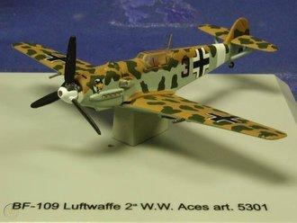 "BF-109 Luftwaffe ""8./JG27 Lt. W.Schroer, WWII Aces"""