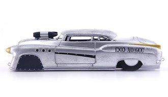 "1952 Buick Super Riviera ""Bombshell Betty"""