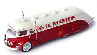 """1935 White Streamline Tanker Truck """"Gilmore"""""""