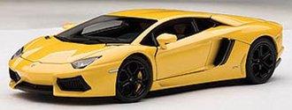 Lamborghini Aventador LP700-4, Giallo Orion/Metallic Yellow