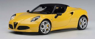 Alfa Romeo 4C Spider (Giallo Prototipo Yellow w/Black Top)