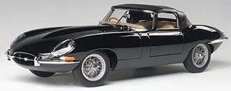 Jaguar E-Type Roadster Series 13.8 (Black w/Metal Wire-Spoke Wheels)