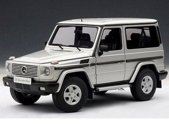 Mercedes-Benz G Model 90's Swb (Silver)