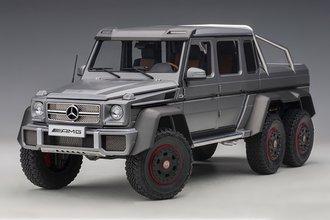 Mercdes-Benz G63 AMG 6x6 (Designo Platinum Magno)