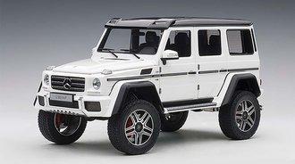 Mercedes-Benz G500 4x4 2 (Gloss White)