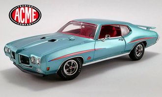 1:18 1970 Pontiac GTO Judge (Mint Turquoise on Dark Red)