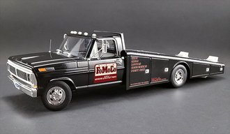 "1:18 1970 Ford F-350 Ramp Truck ""FoMoCo Parts"""