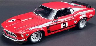 """1:18 1969 Boss 302 Trans Am Ford Mustang """"Alan Moffat #9"""""""