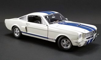 1:18 1966 Shelby GT350 Supercharged (White w/Blue Stripes)