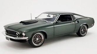 "1:18 1969 Ford Mustang ""Bullet"" Street Fighter (Green)"