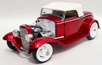 1:18 1932 Ford Roadster (Candy Apple Red)