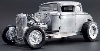 1:18 1932 Ford 3 Window Coupe (Hammered Steel)