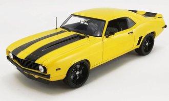 1:18 1969 Chevrolet Camaro Z/28 (Yellow w/Black Stripes)