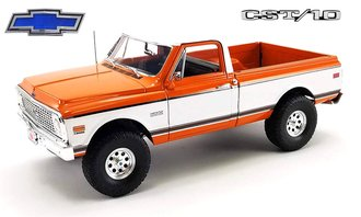 1:18 1972 Chevrolet CST/10 4x4 Pickup Truck (Orange/White)