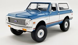 1:18 1970 Chevrolet K-5 Blazer - Lifted Version (Dark Blue)