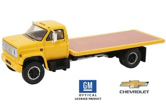 1:64 1975 Chevy C-65 Flatbed Truck (Yellow)