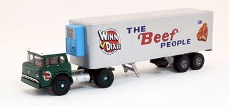 "1:64 Ford C w/32' Ribbed Trailer ""Winn-Dixie - The Beef People"" w/Reefer (Limited Edition)"