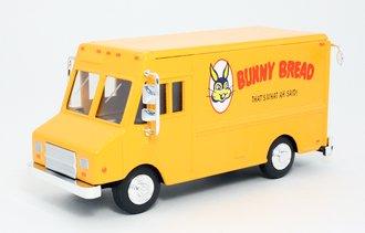 """1:48 Delivery Step Van """"Bunny Bread"""""""