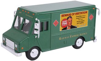 """1:48 Delivery Step Van """"Railway Express - Lucky Strike"""""""