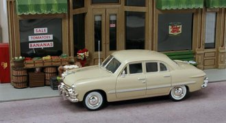 1:43 1950 Ford 4-Door Sedan (Sunland Beige)