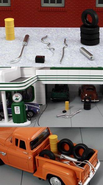 1:48 Garage Accessory Set #2
