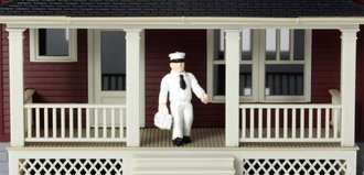 1:87 Milkman Figure (White - Undecorated)
