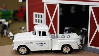 "1955 Chevy Pickup ""Dairymen's League"" w/Milk Urns"