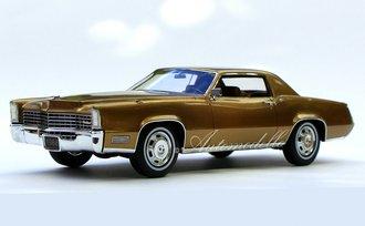 "1:24 1968 Cadillac Fleetwood Eldorado (Topaz Gold) ""Tribute Edition"""