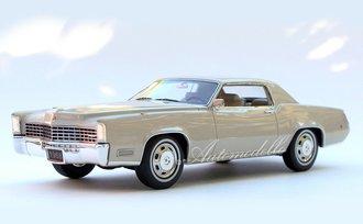 """1:24 1968 Cadillac Fleetwood Eldorado (Grecian White) """"Homage Edition"""""""