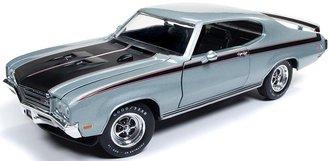"1:18 1971 Buick GSX Hardtop ""MCACN"" (Platinum Mist Metallic)"