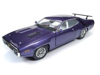 "1:18 1971 Plymouth Road Runner Hardtop ""MCACN"" (In Violet)"