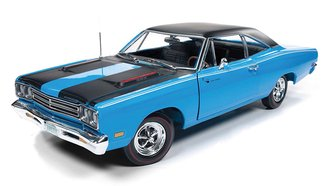 "1:18 1969 Plymouth Road Runner Hardtop ""Class of 1969"" (Petty Blue)"