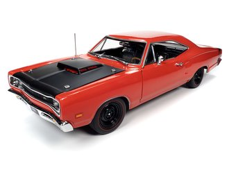 "1969½ Dodge Super Bee Hardtop ""MCACN"" (R4 Red)"