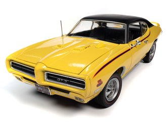 1969 Pontiac GTO Judge (Goldenrod Yellow)
