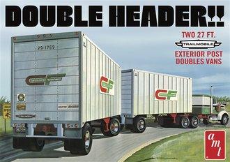 1:25 Trailmobile Exterior Post Double Van 27' Trailers (2) (Model Kit)
