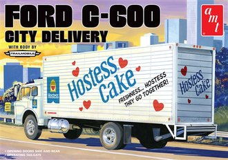 "1:25 Ford C-600 City Delivery ""Hostess"" (Model Kit)"