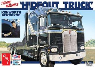 1:25 Tyrone Malone's Kenworth Custom Drag Truck Transporter (Model Kit)