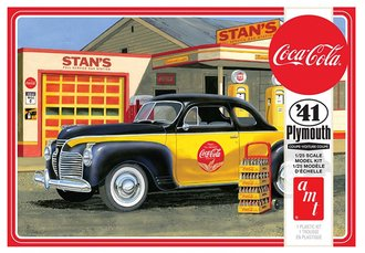 "1941 Plymouth Coupe ""Coca-Cola"" (2T Model Kit)"