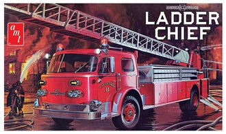 American LaFrance Ladder Chief Fire Truck (Model Kit)