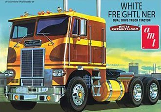 1:25 White-Freightliner Dual Drive COE Tractor (Model Kit)