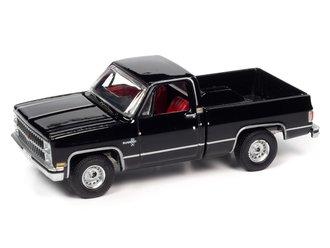 1982 Chevrolet Silverado 10 (Midnight Black)