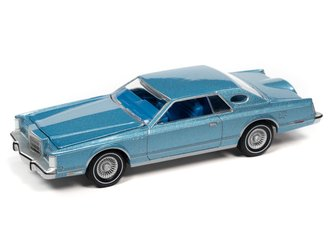 1:64 1977 Lincoln Continental Coupe Mark V (Medium Blue Poly)